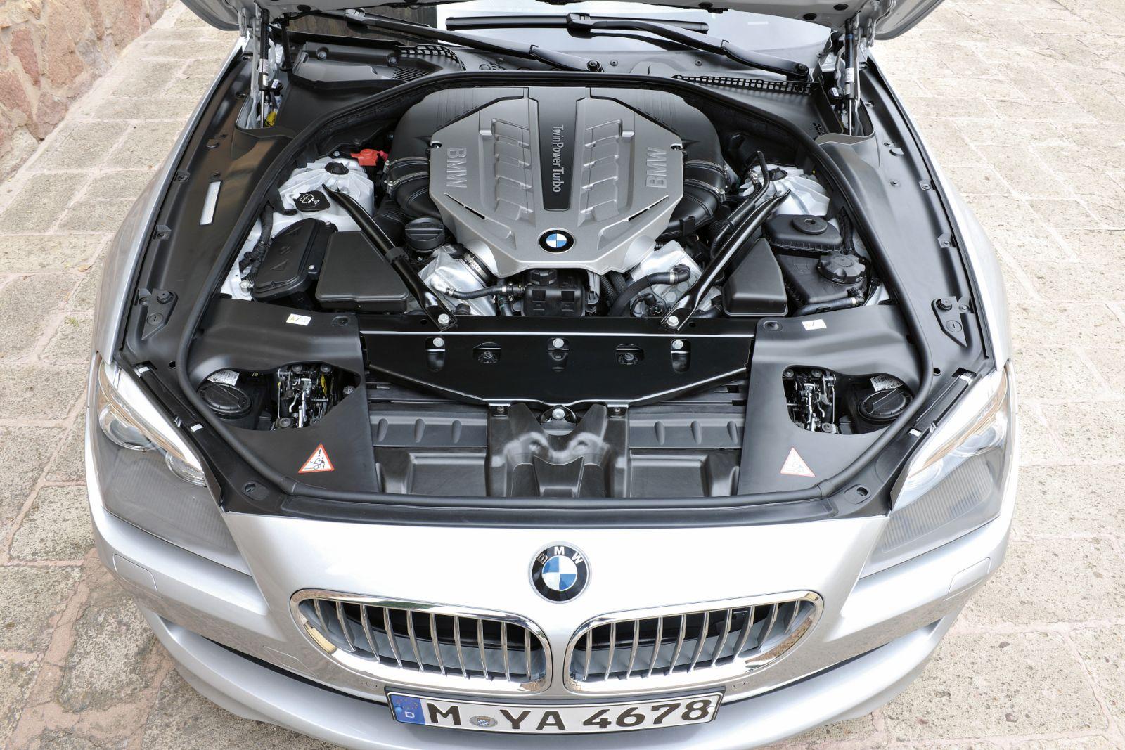 BMW V8 petrol engine with