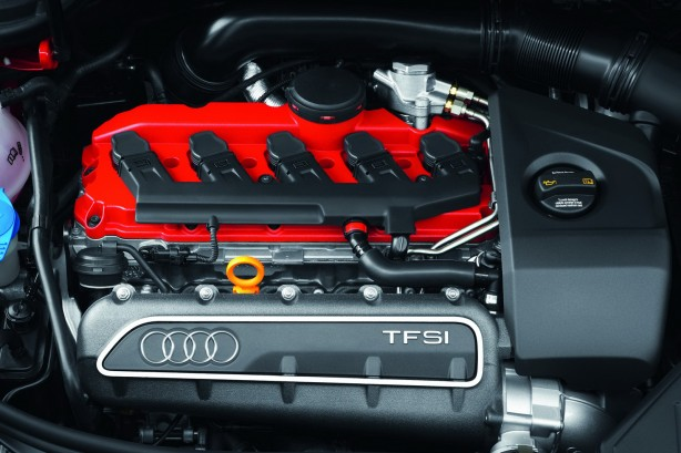 Audi-RS3-Sportback-25