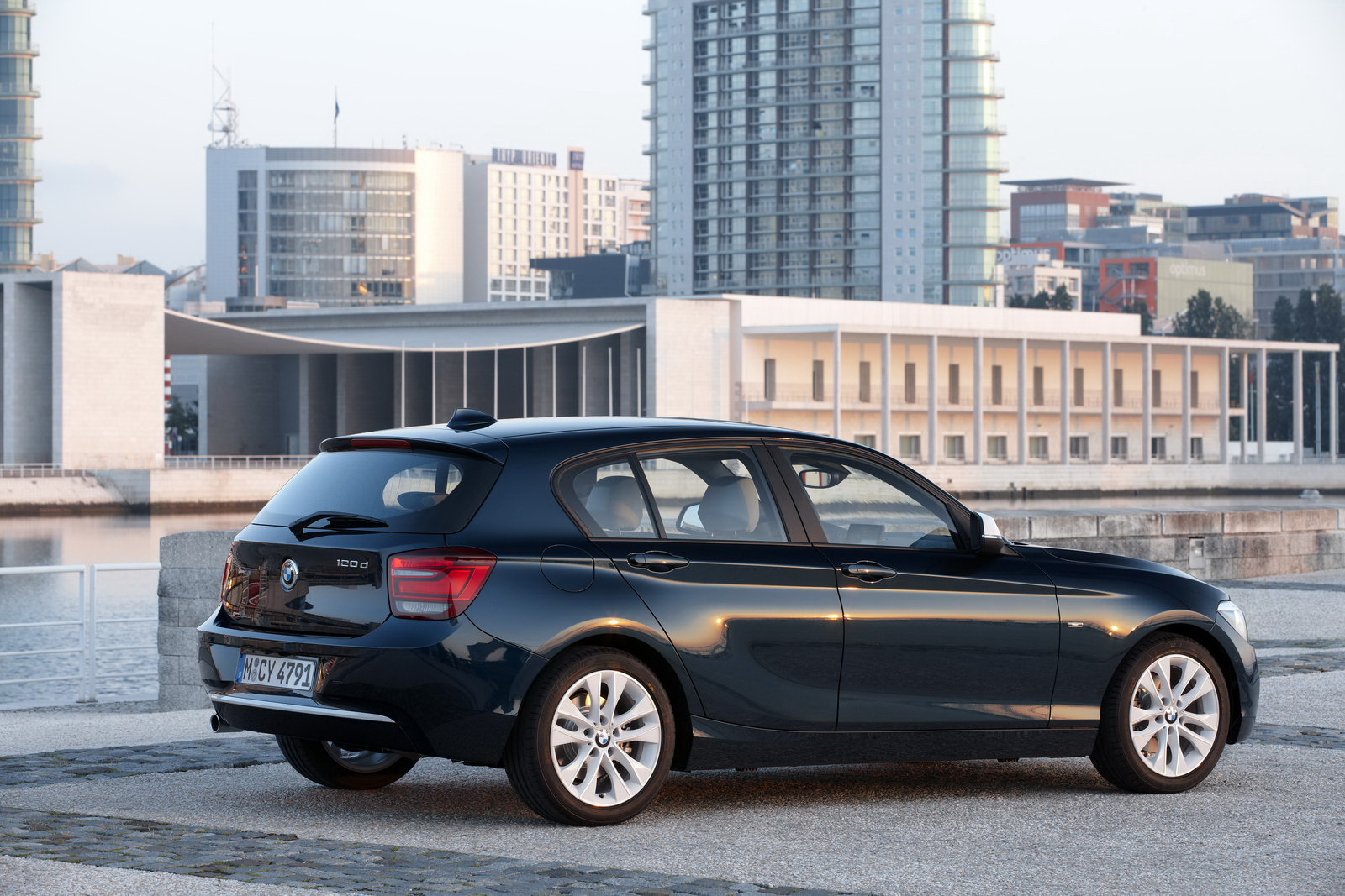2012 2nd generation bmw 1 series. Black Bedroom Furniture Sets. Home Design Ideas