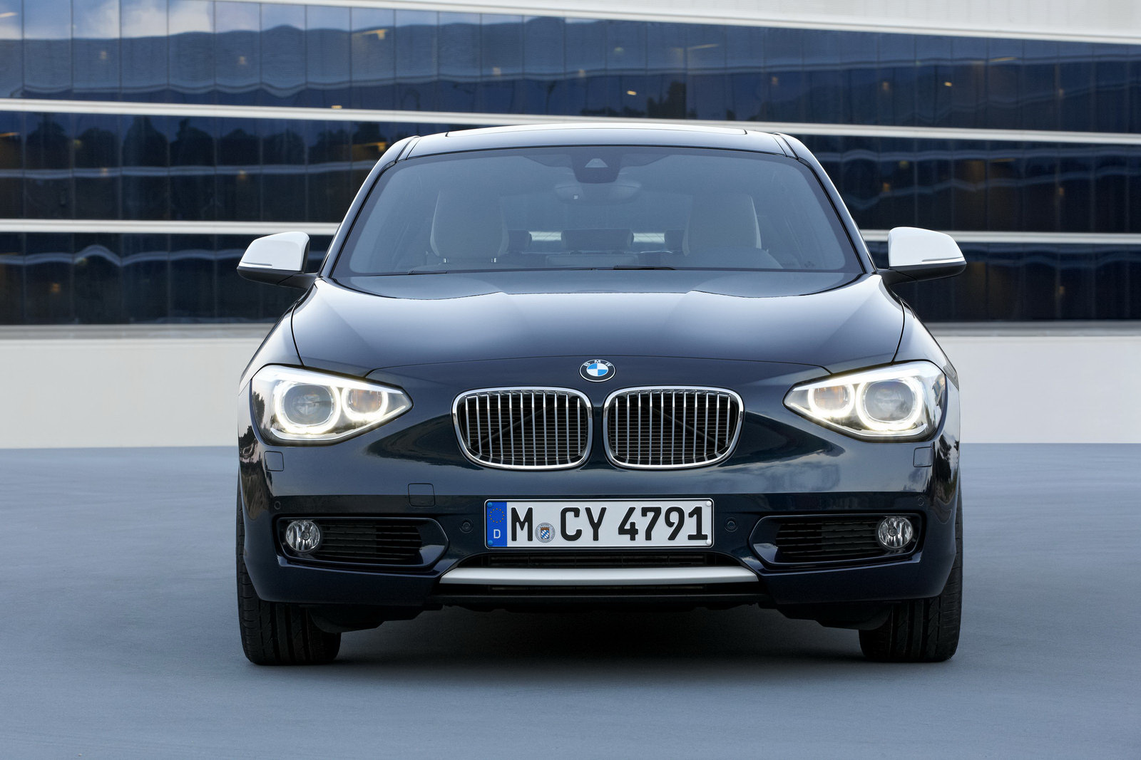 2012 bmw 1 series f20 15. Black Bedroom Furniture Sets. Home Design Ideas