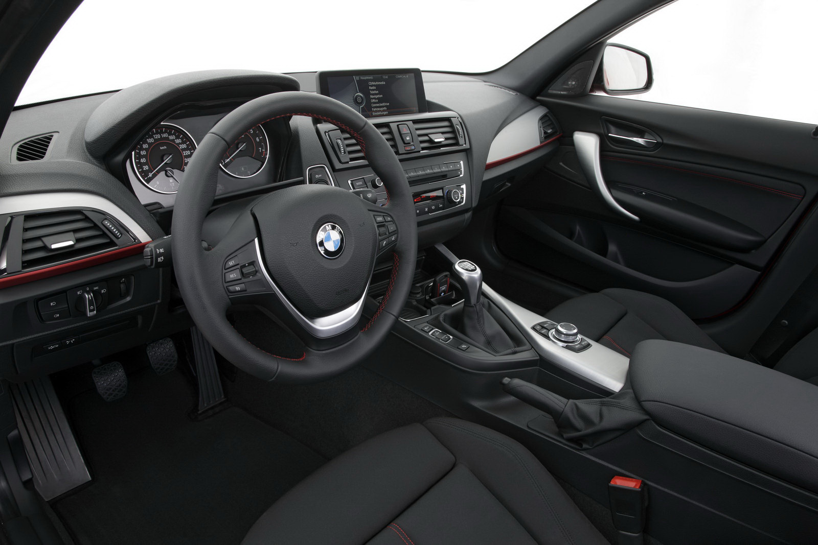 2012 bmw 1 series f20 interior 10 for Interieur serie 1