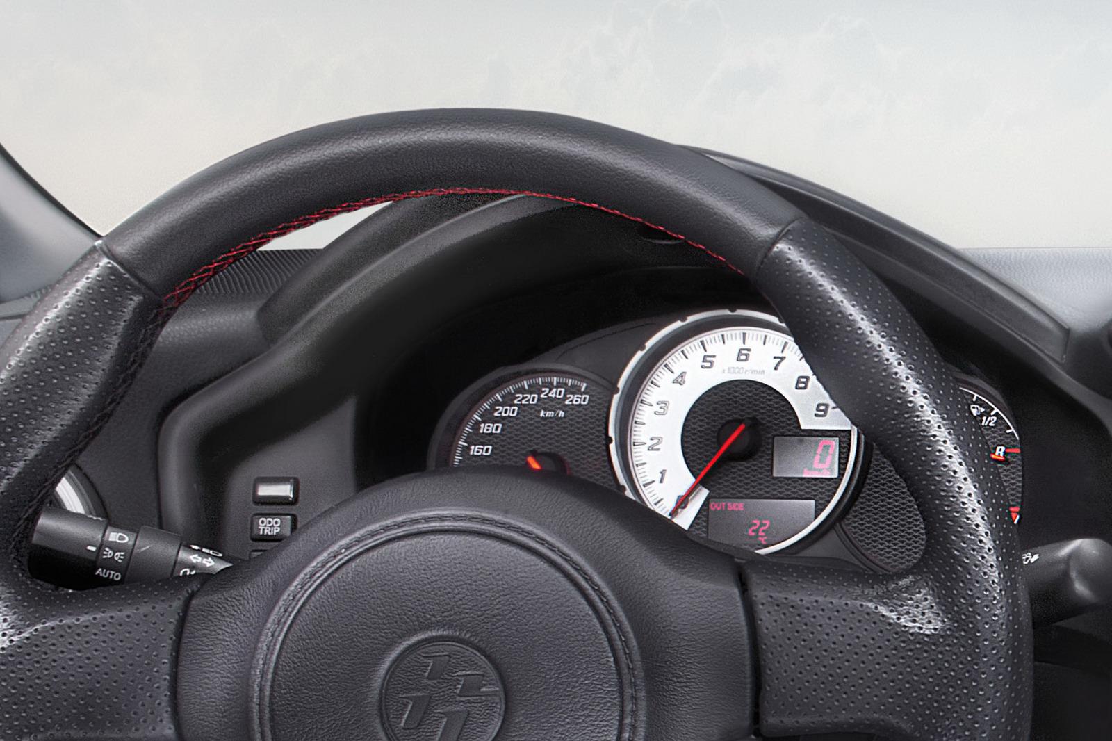 Toyota-GT-86-Interior-4 - ForceGT.com