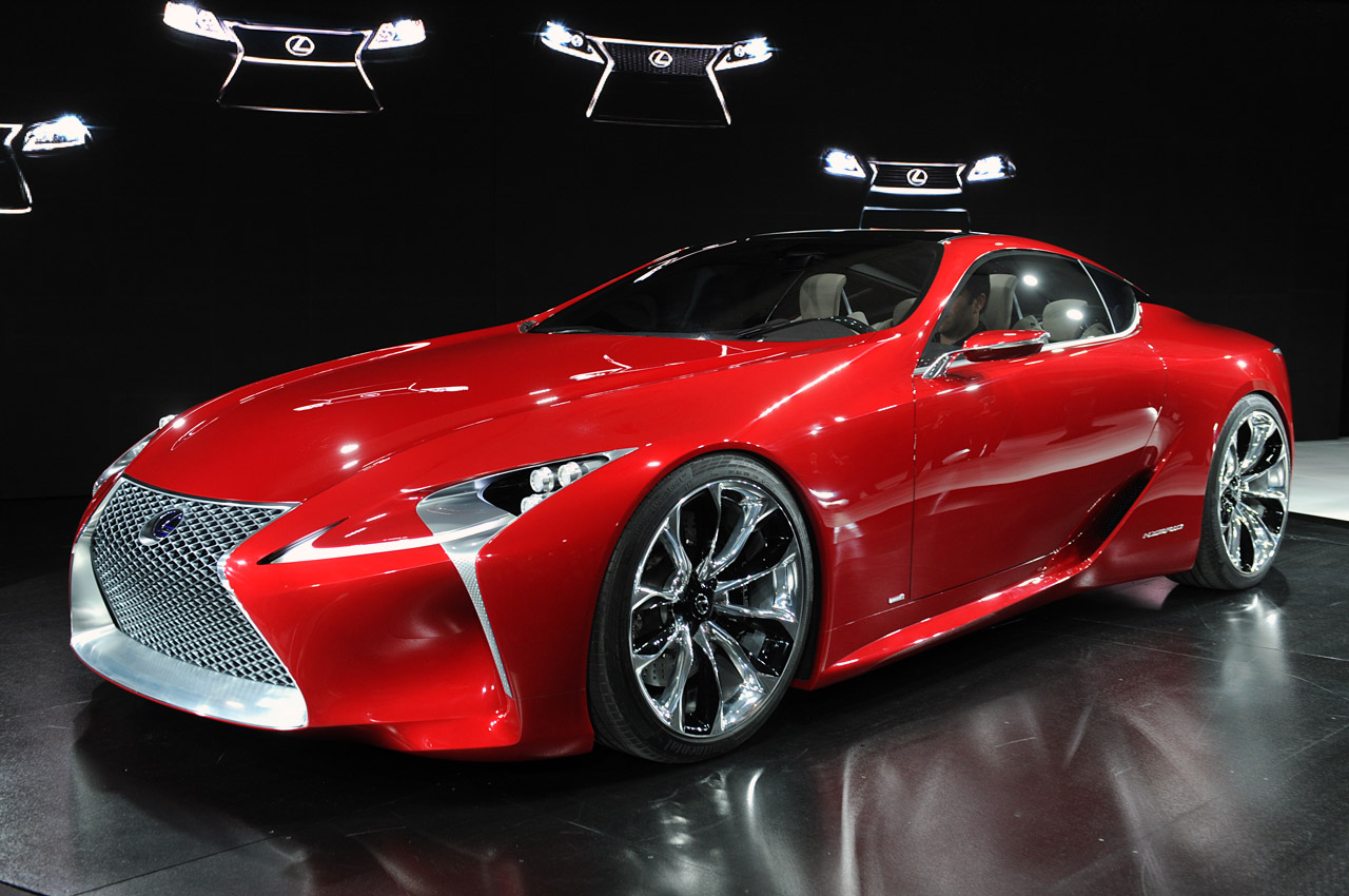 first look lexus lf lc breaks cover at detroit. Black Bedroom Furniture Sets. Home Design Ideas