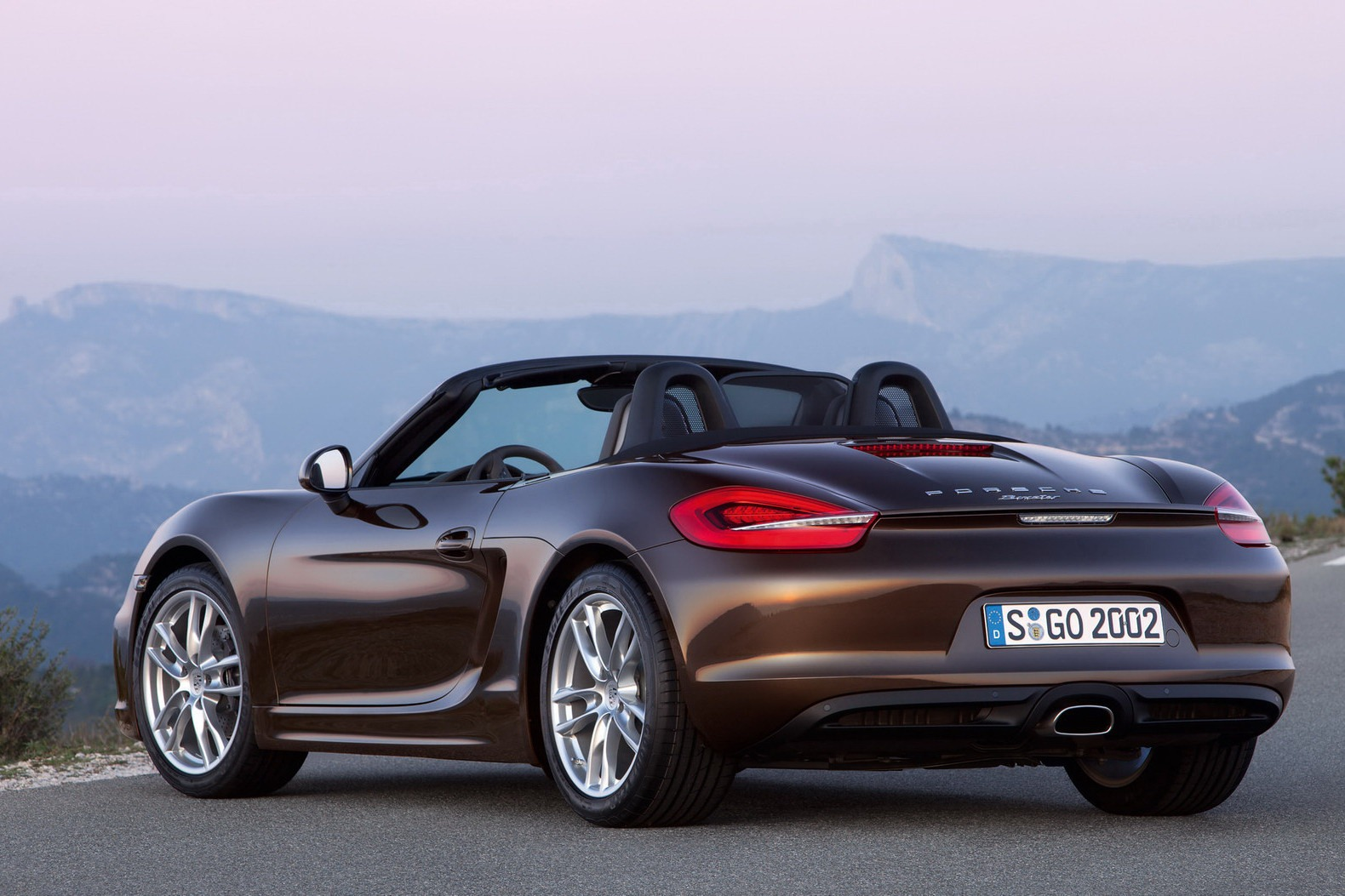2013 porsche boxster bows in. Black Bedroom Furniture Sets. Home Design Ideas