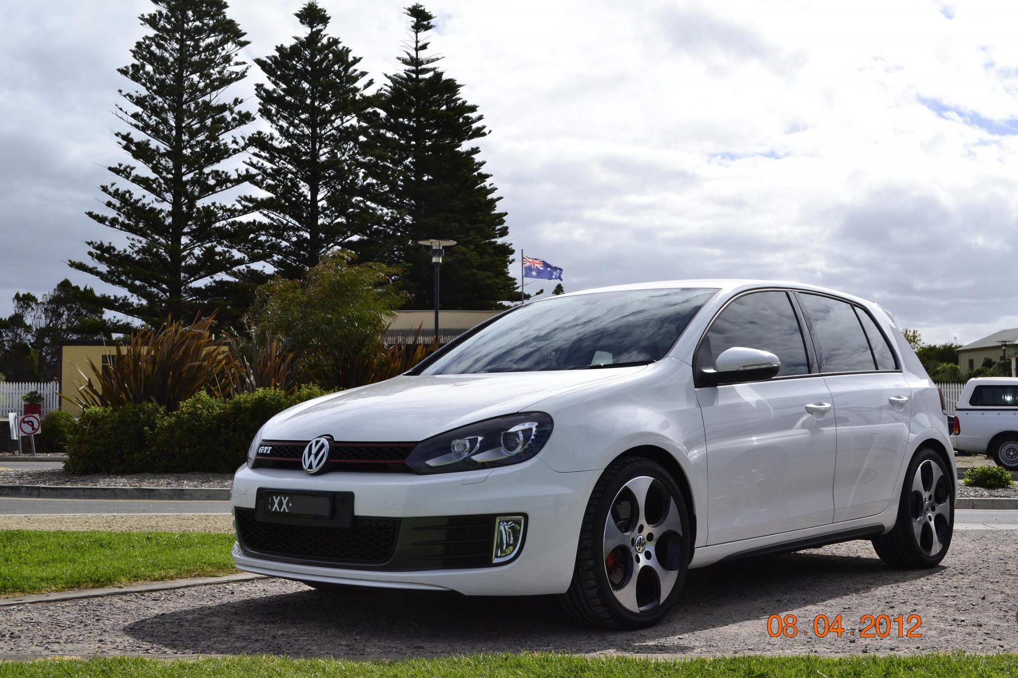 volkswagen golf review long term  mk gti