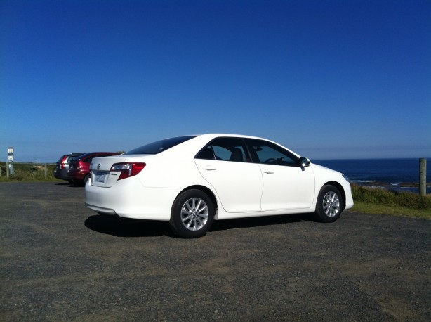 Toyota Camry Review – 2012 Altise, Driver Side