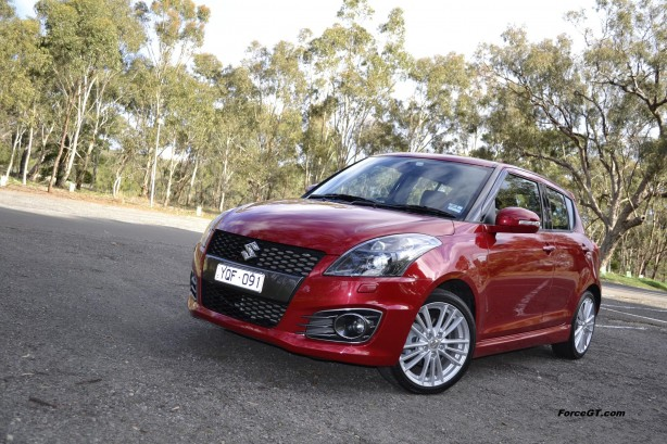 Suzuki Swift Review – 2012 Sport Manual, Front