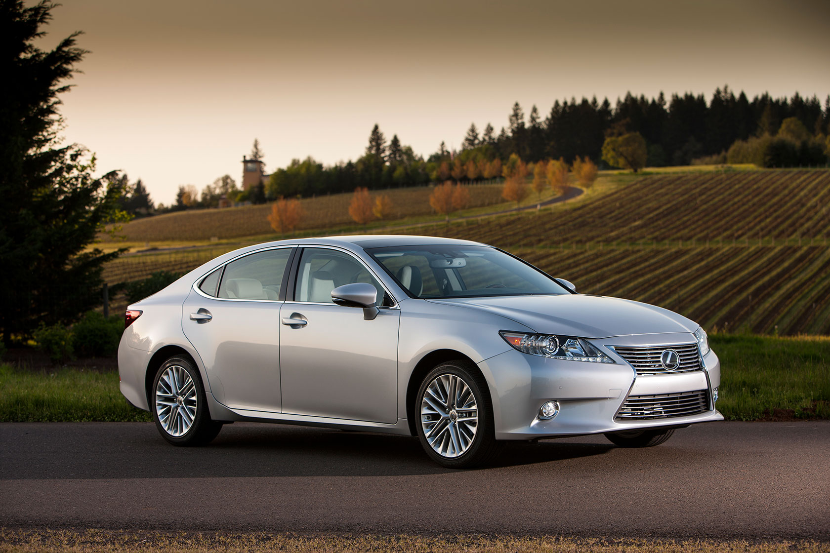 2013 lexus es350 es300h official press release full gallery. Black Bedroom Furniture Sets. Home Design Ideas