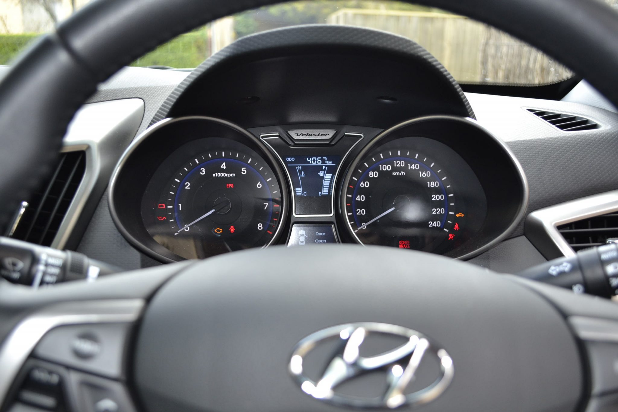 2014 hyundai genesis new and used car reliability autos post. Black Bedroom Furniture Sets. Home Design Ideas