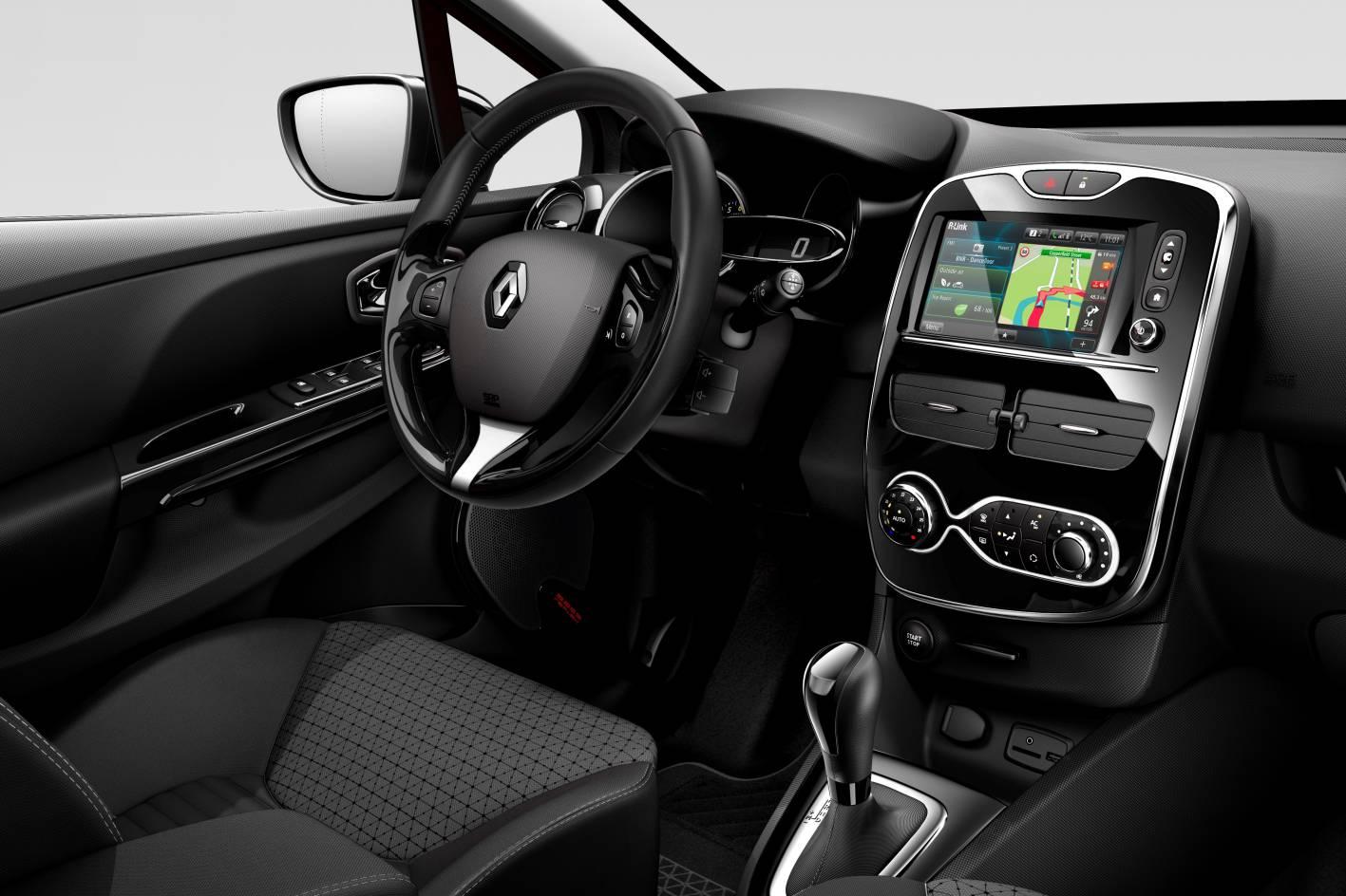 2012-Renault-Clio-4-Interior-7.jpg