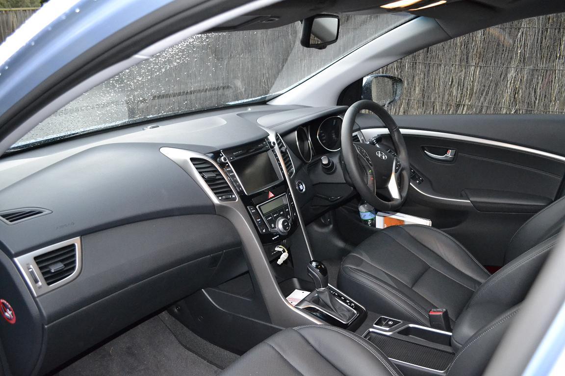 Hyundai i30 review 2012 i30 diesel for Interior hyundai i30