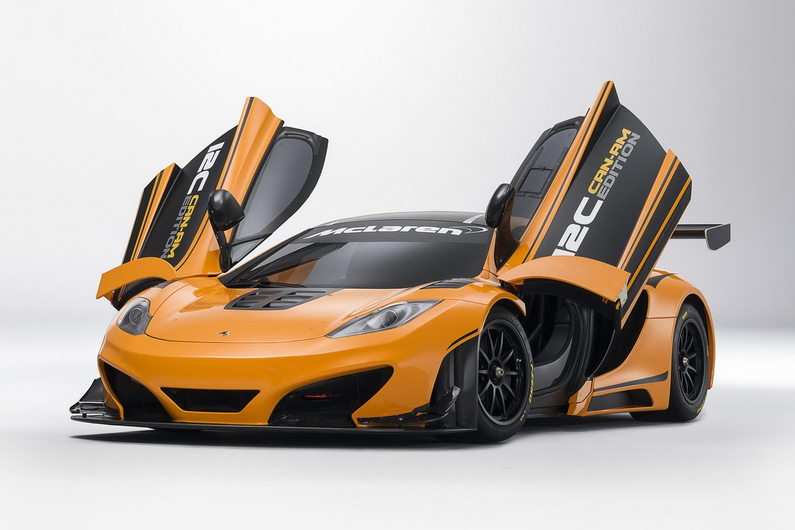 mclaren to unveil mp4 12c can am edition at pebble beach. Black Bedroom Furniture Sets. Home Design Ideas
