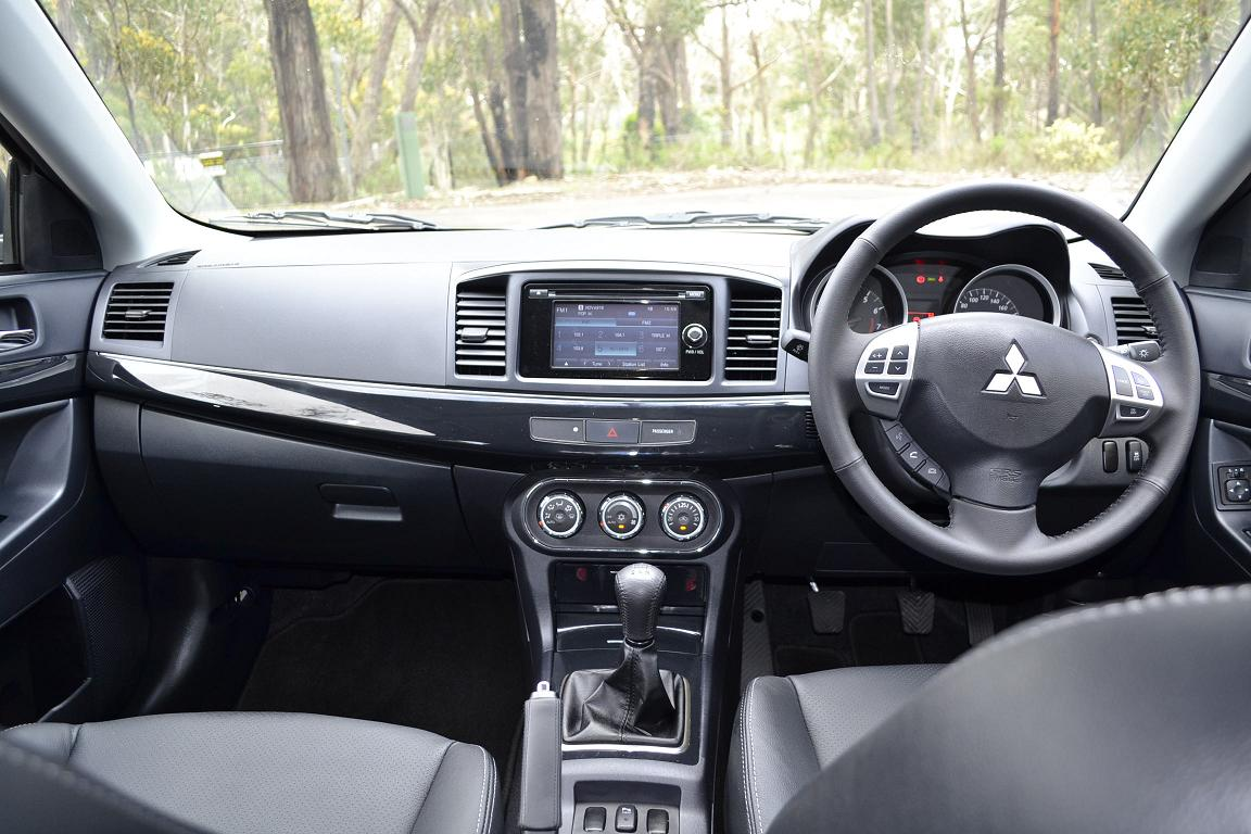 Mitsubishi Lancer Review: 2012 Lancer Sedan