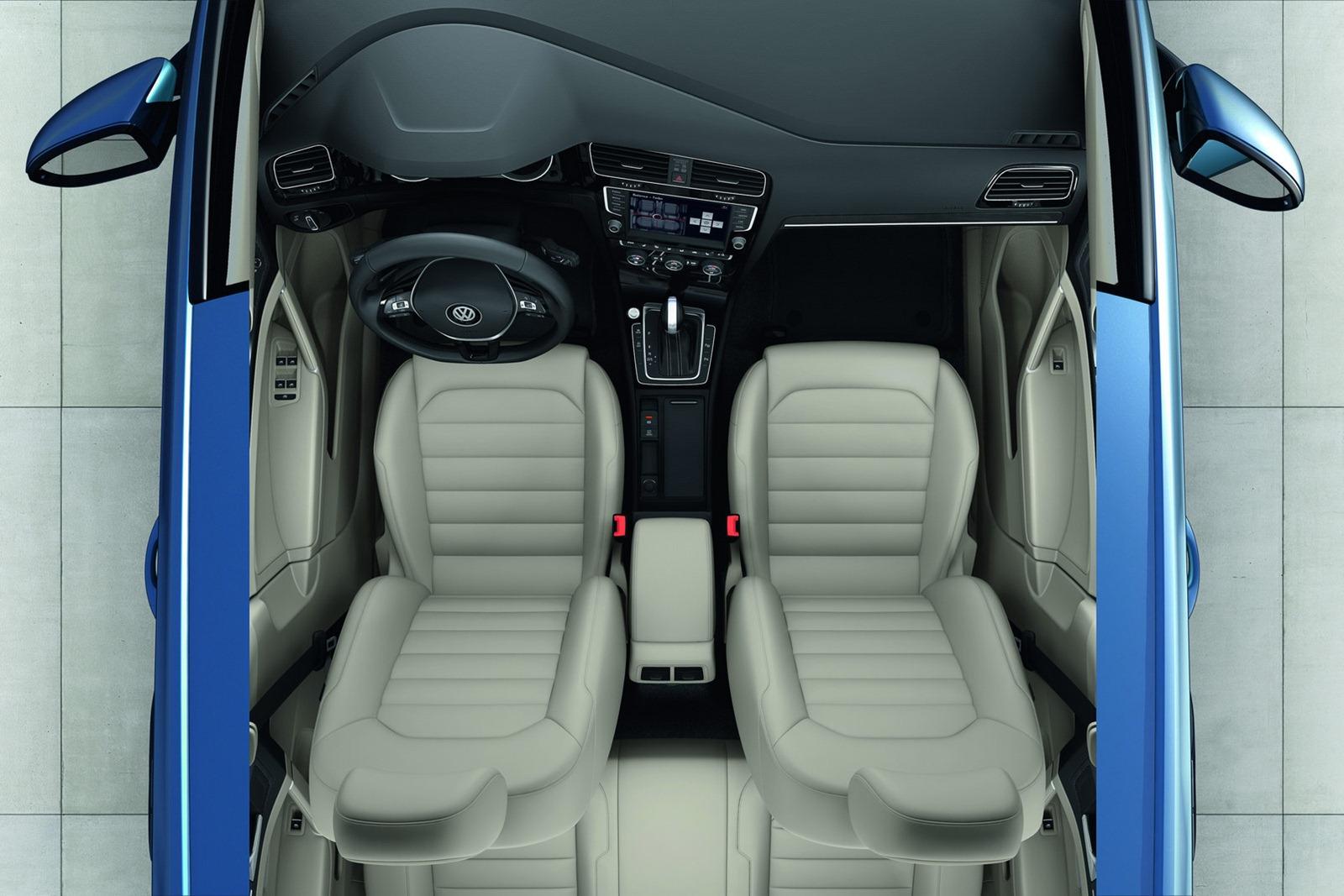 2013 vw mk7 golf interior 8 for Golf 8 interieur