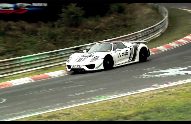 official video of porsche 918 spyder lapping n rburgring. Black Bedroom Furniture Sets. Home Design Ideas