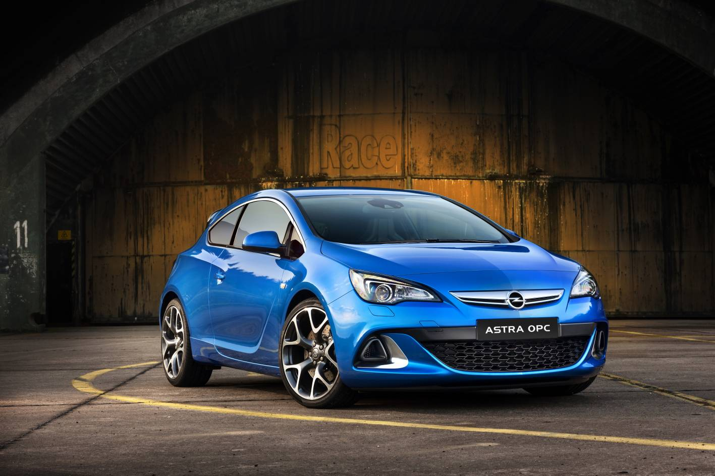 opel cars news astra opc confirmed for australia. Black Bedroom Furniture Sets. Home Design Ideas