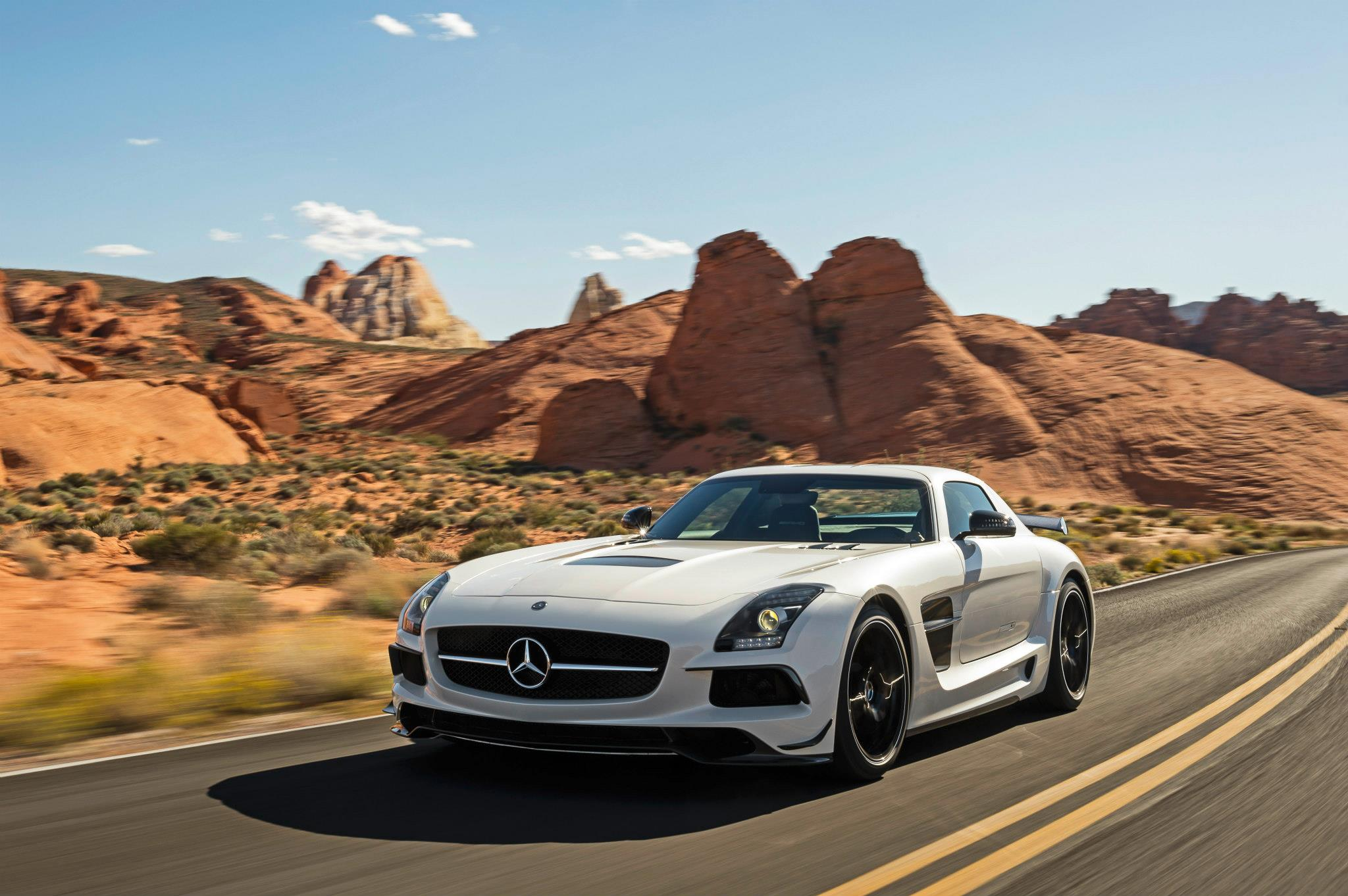 mercedes benz reveals sls amg black series. Black Bedroom Furniture Sets. Home Design Ideas