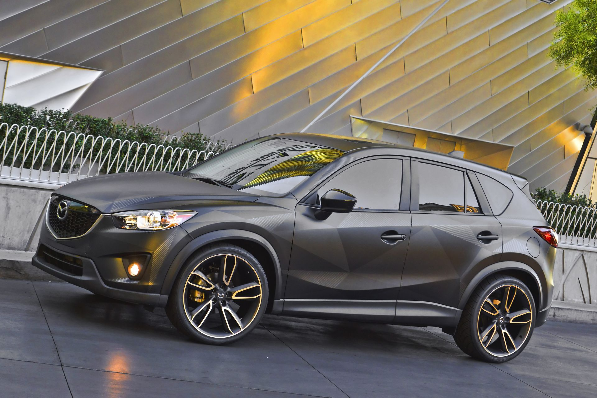 Custom mazda cx 5 urban unveiled at sema 2012 forcegt com