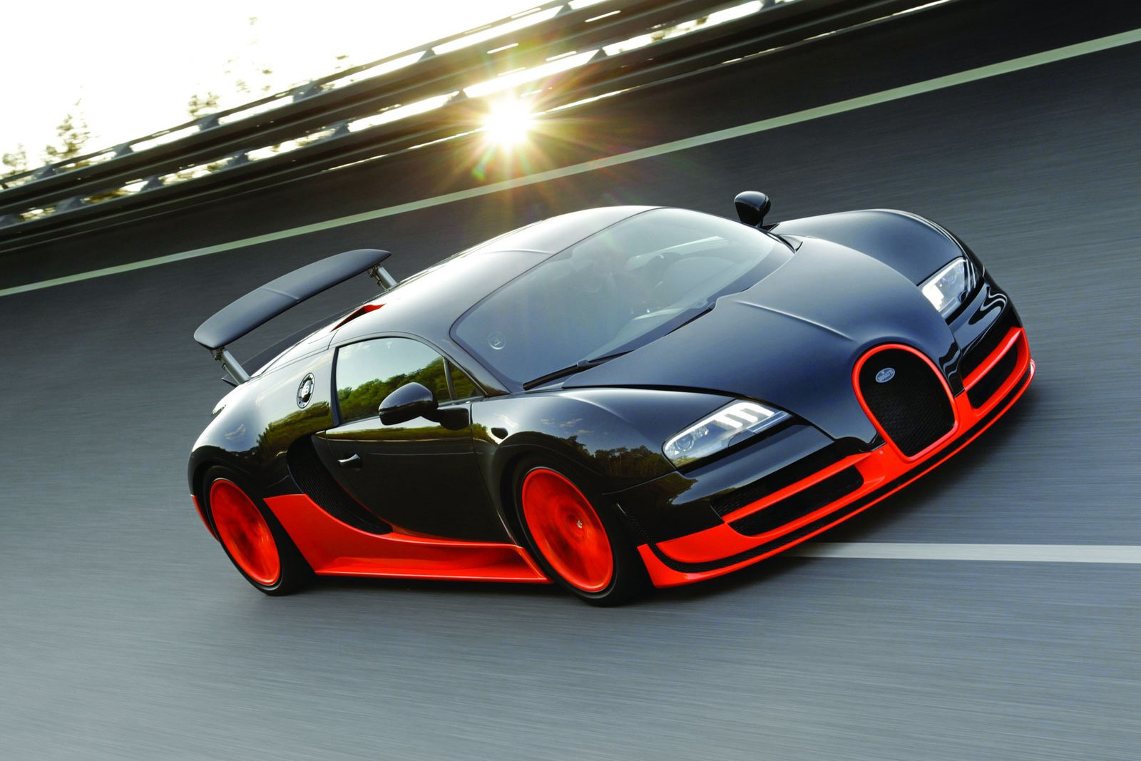 Bugatti working on New Veyron with 1,600HP - ForceGT.com