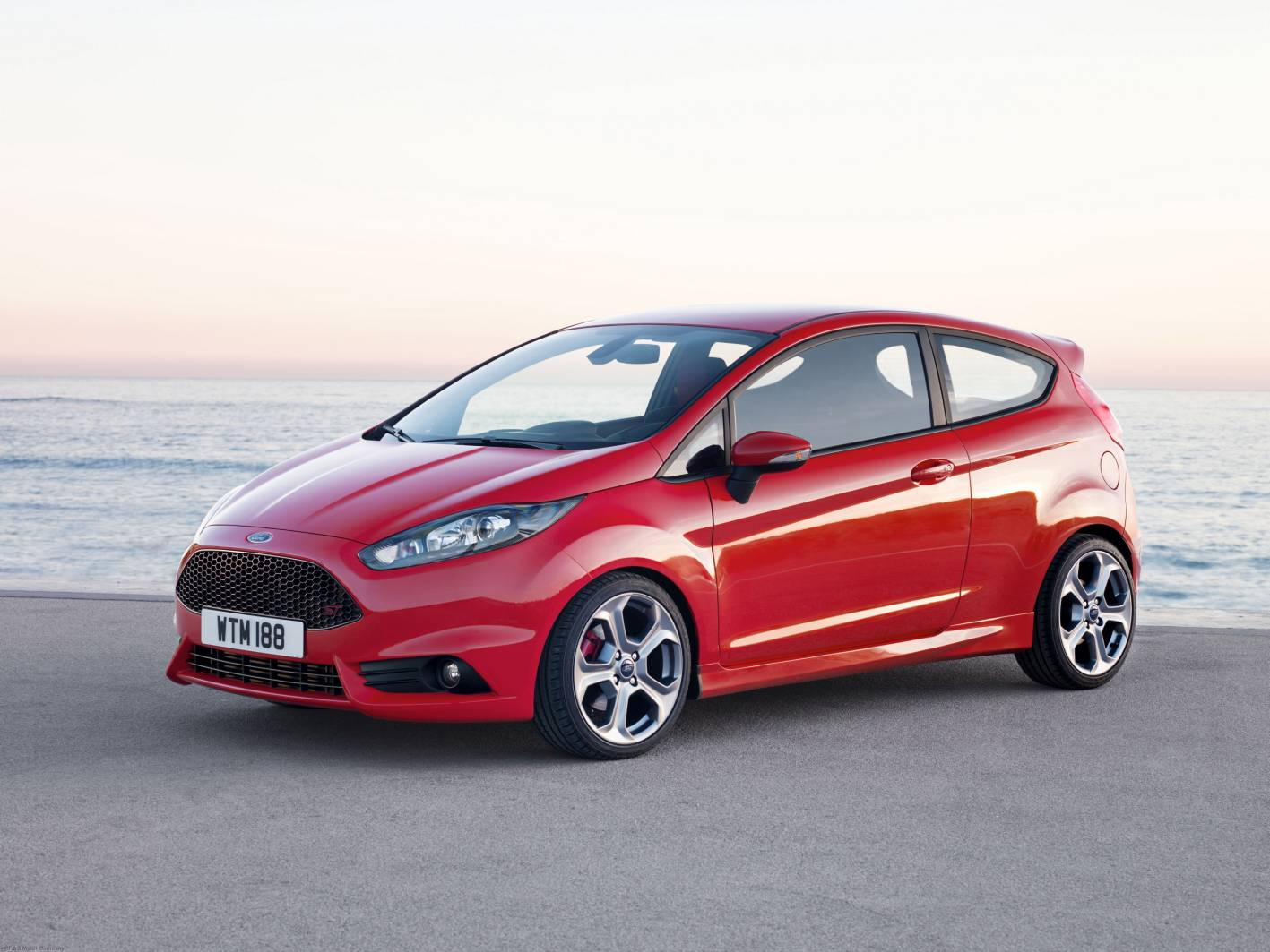 ford fiesta st coming in 2013. Black Bedroom Furniture Sets. Home Design Ideas