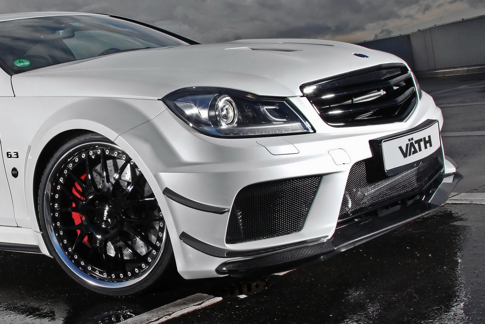 vath offers mercedes c63 amg black series performance package. Black Bedroom Furniture Sets. Home Design Ideas