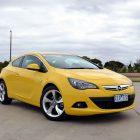 2013-Opel-Astra-GTC-Sport-01