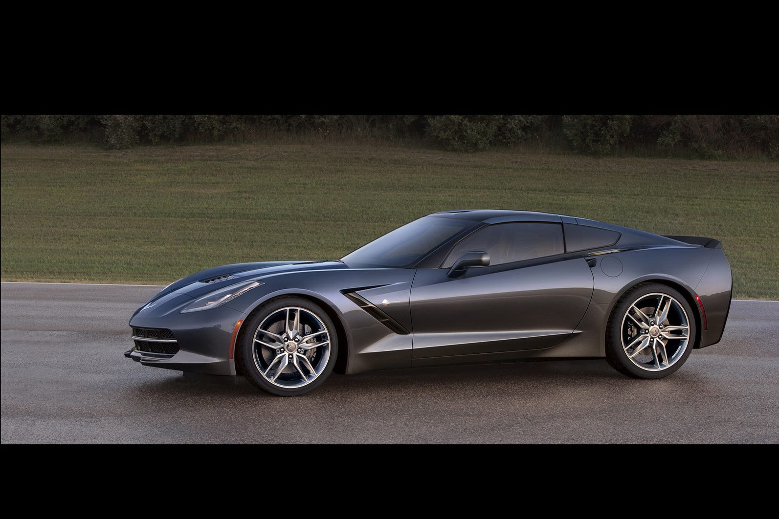 2014 corvette stingray does 0 60mph in under 4s. Black Bedroom Furniture Sets. Home Design Ideas