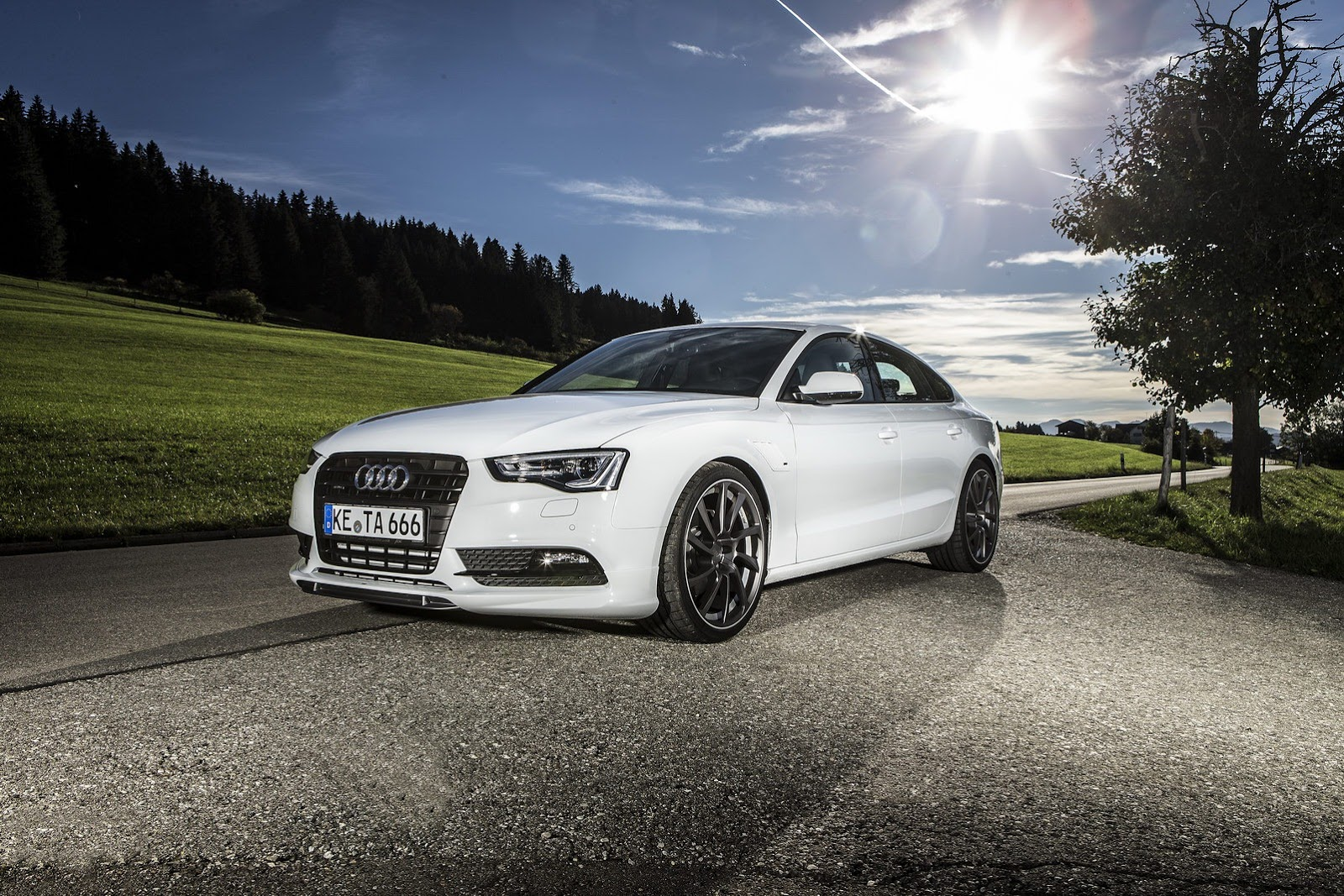 abt tweaks 2013 audi a5 sportback. Black Bedroom Furniture Sets. Home Design Ideas