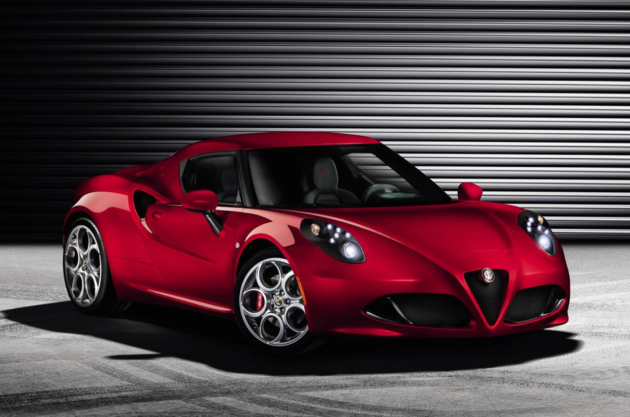 alfa romeo cars news 4c unveiled ahead of geneva show. Black Bedroom Furniture Sets. Home Design Ideas