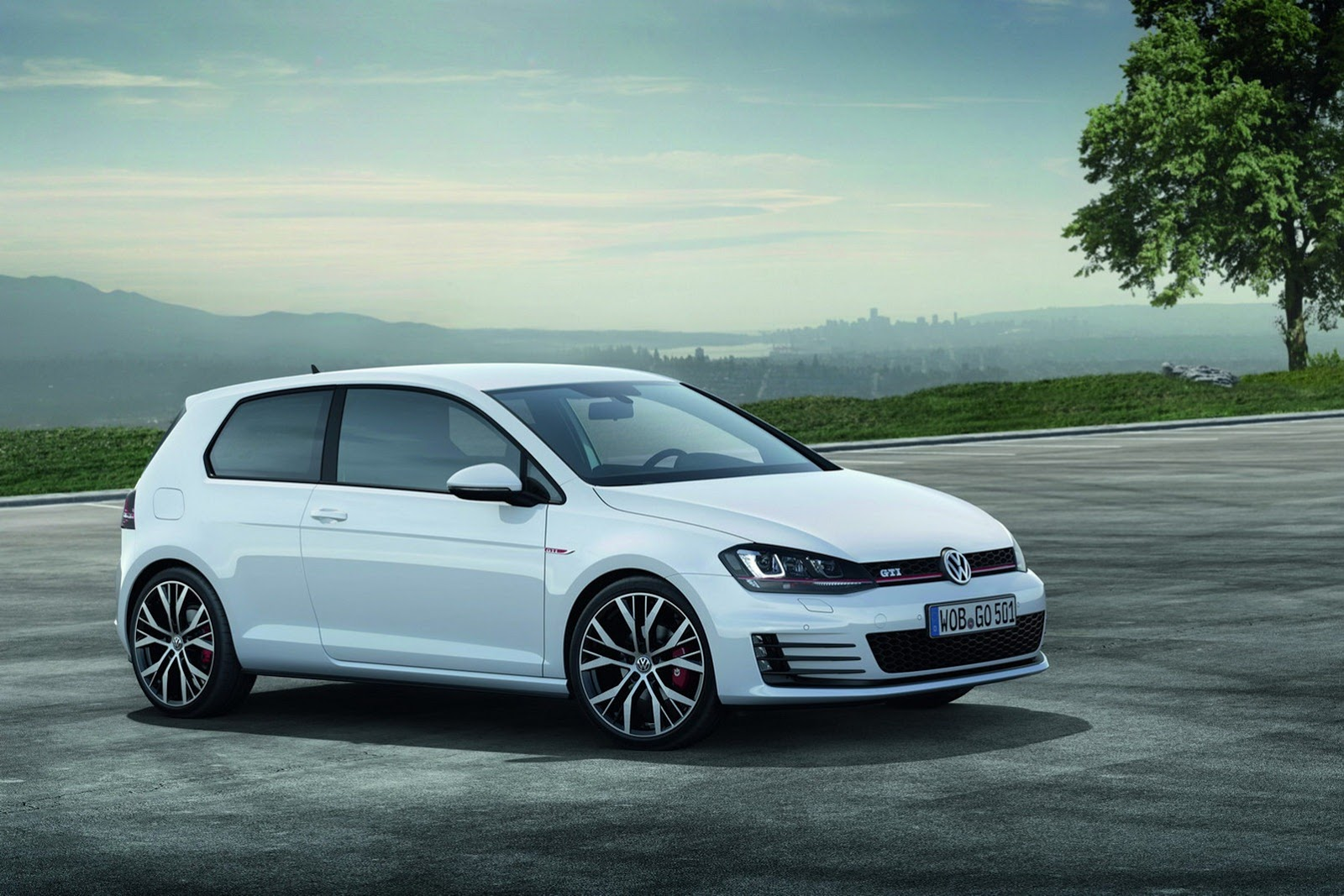 volkswagen cars news 2013 mk golf gti officially revealed. Black Bedroom Furniture Sets. Home Design Ideas