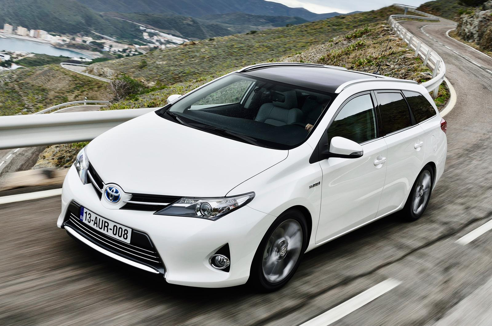 toyota cars news corolla auris sports touring. Black Bedroom Furniture Sets. Home Design Ideas