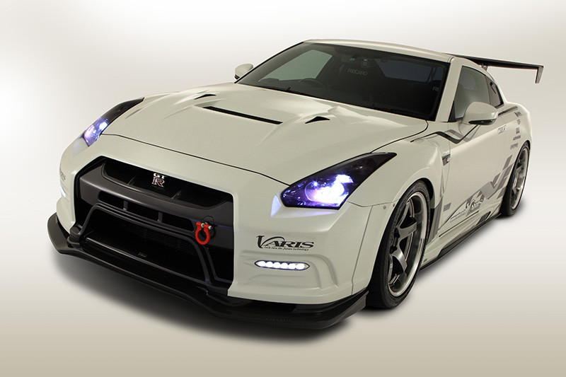 Nissan cars news gt r with varis body kit video for Nissan gtr bodykit