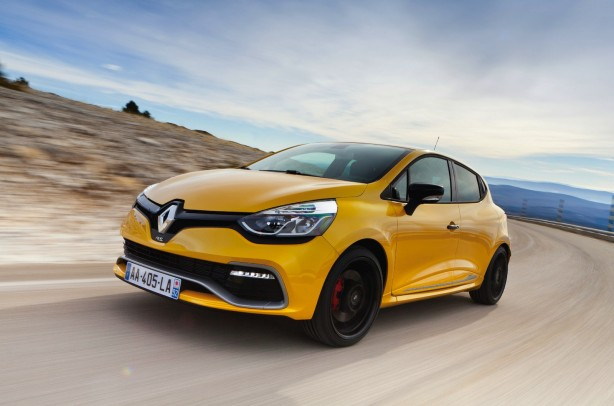 RenaultSport-Clio-RS200-Turbo-4