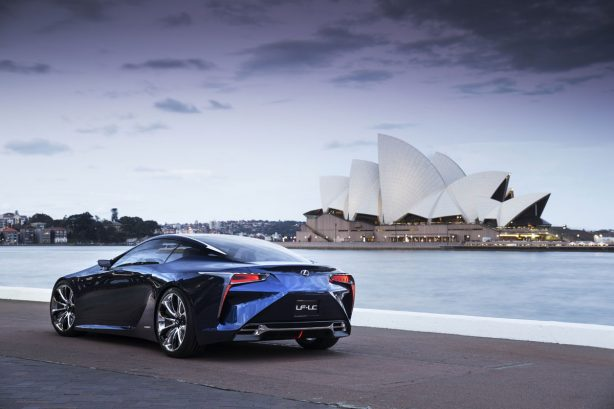 Lexus-LF-LC-Blue-Hybrid-Concept-30