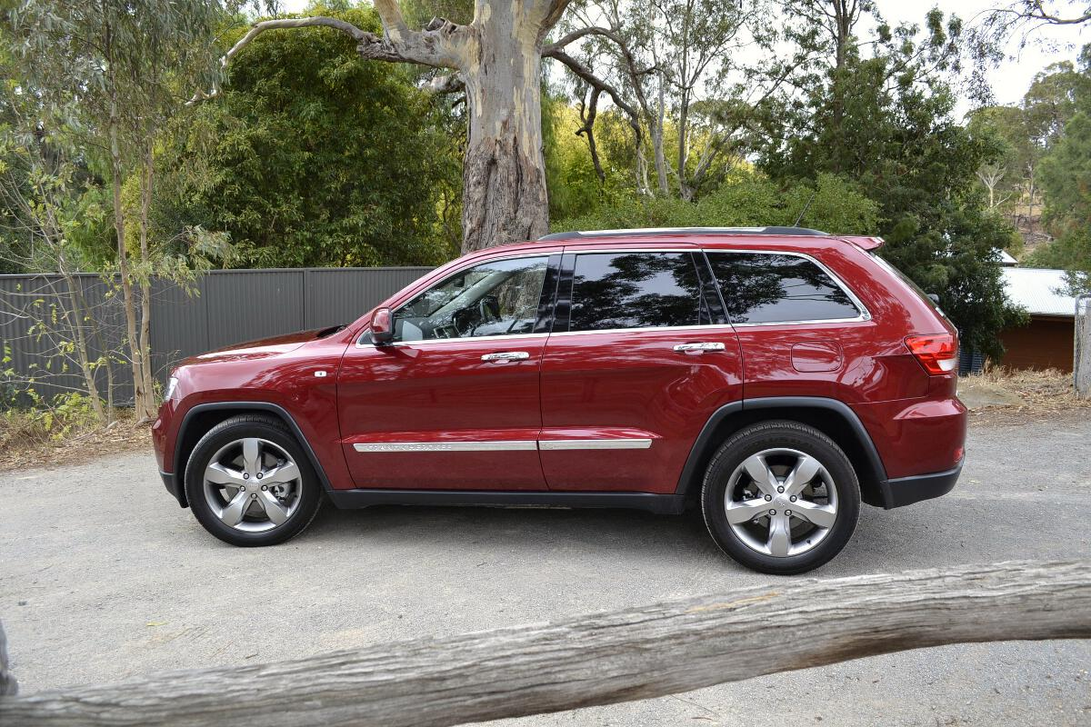 Jeep Cherokee Review: 2012 Grand Cherokee