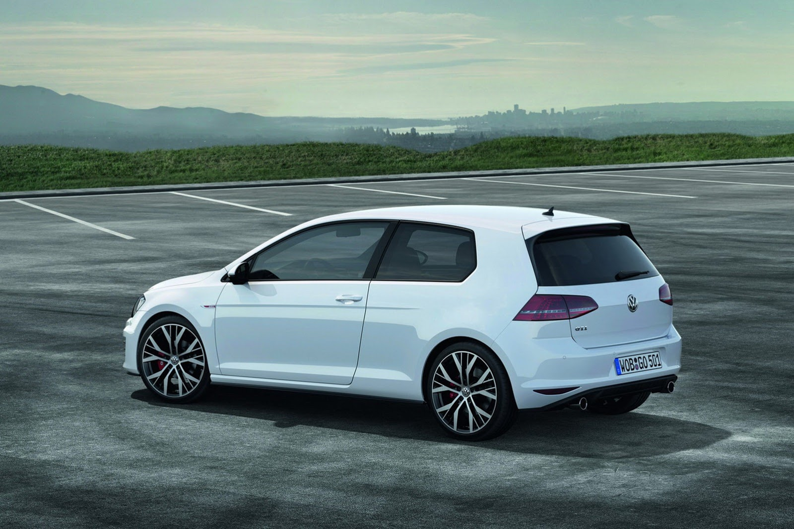volkswagen cars news mk7 golf gti uk pricing. Black Bedroom Furniture Sets. Home Design Ideas