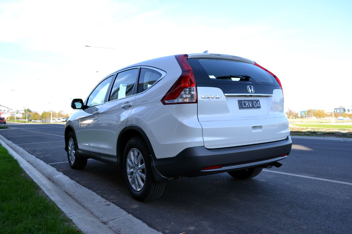 Honda cr v review 2013 vti for Honda crv competitors