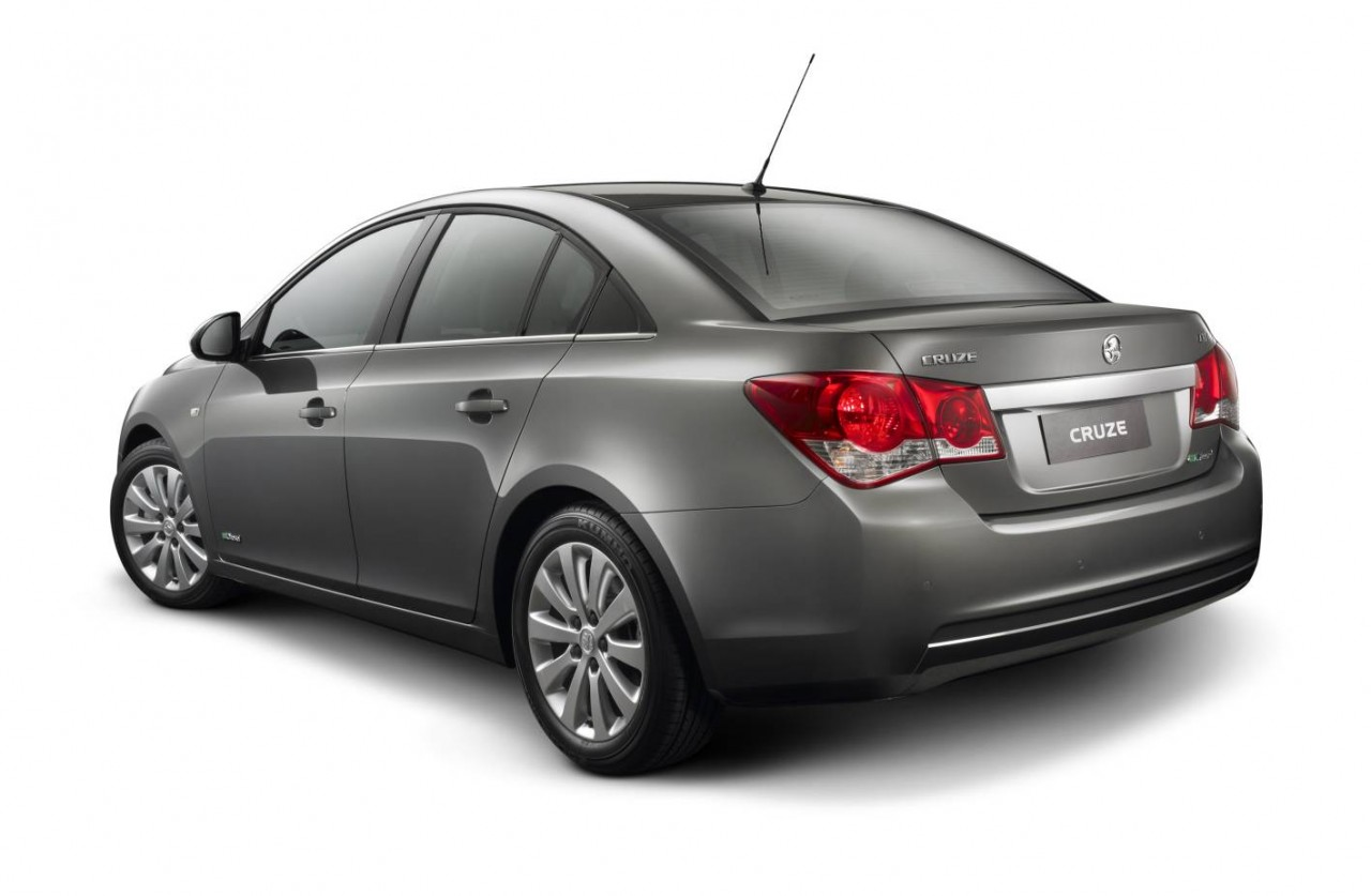 Holden Cruze Review: 2013 CD and CDX
