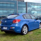 2013-Holden-Cruze-SRi-01