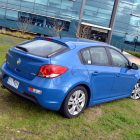 2013-Holden-Cruze-SRi-02