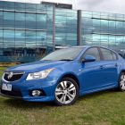 2013-Holden-Cruze-SRi-03