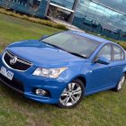 2013-Holden-Cruze-SRi-04