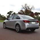 2013-Holden-Cruze-SRiV-02