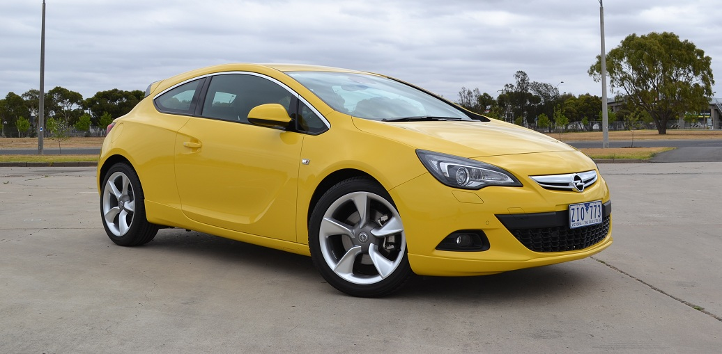 opel astra passess 100 000km endurance test with flying colours. Black Bedroom Furniture Sets. Home Design Ideas