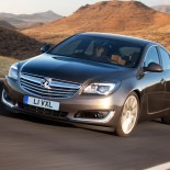 2013-facelifted-opel-insignia-sedan-17