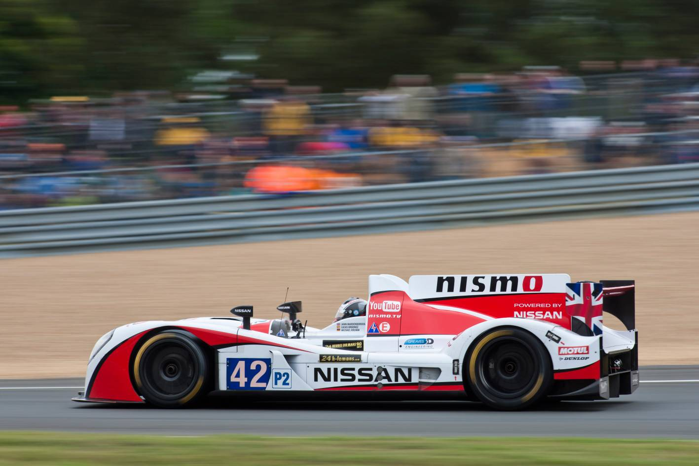 nissan charges to top five in lm p2 class at 2013 le mans 24 hours. Black Bedroom Furniture Sets. Home Design Ideas