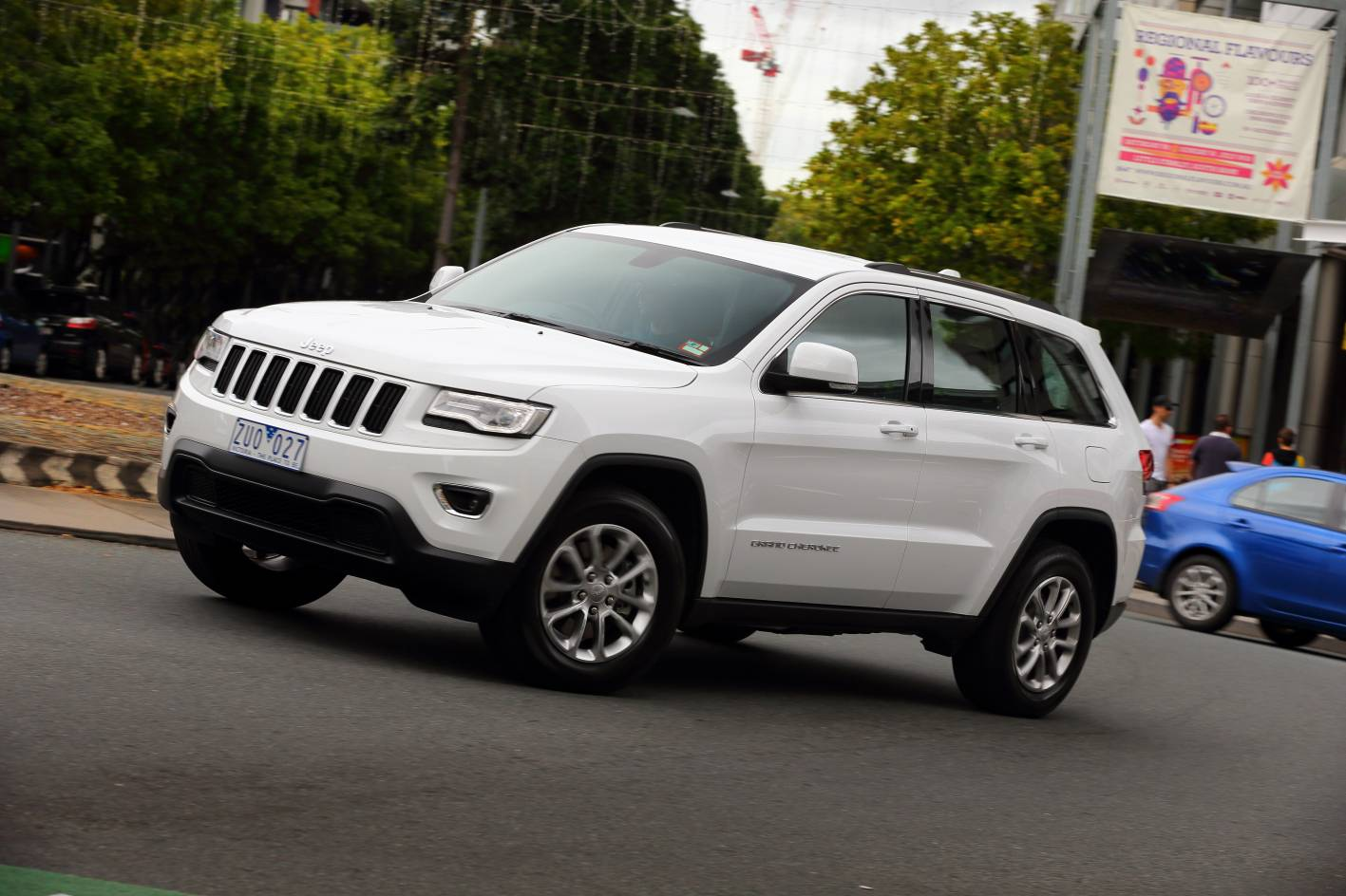 the new 2013 jeep grand cherokee will be go on sale in australia in. Cars Review. Best American Auto & Cars Review