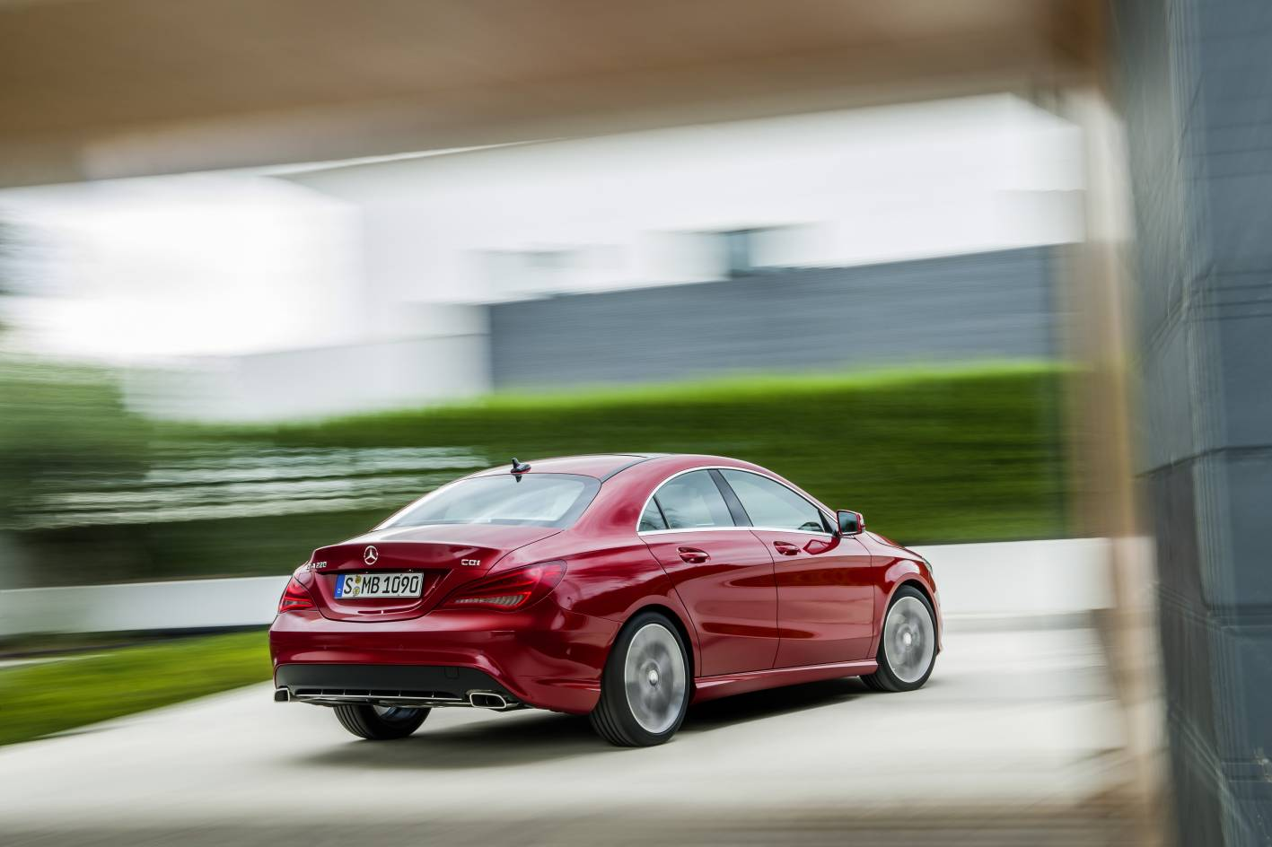 Mercedes benz cars news mb cla on sale from october for Mercedes benz collision prevention assist