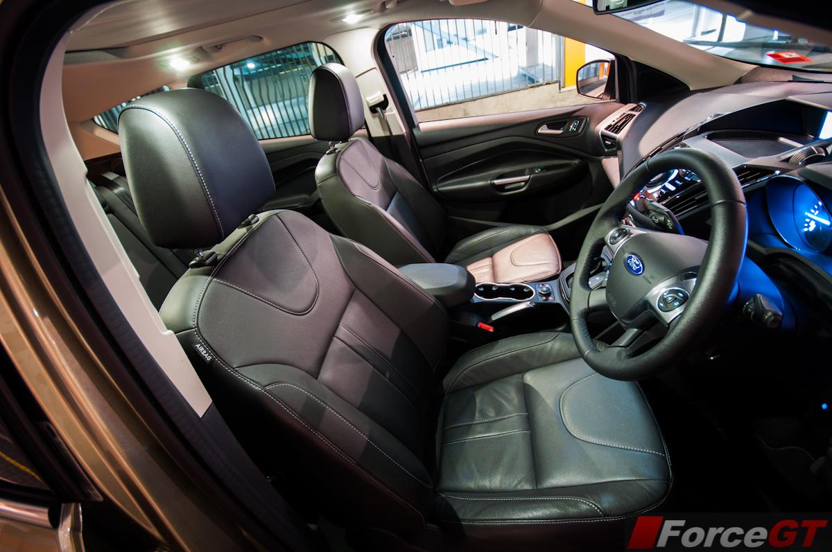 2013 ford kuga titanium interior front seats for Interior ford kuga
