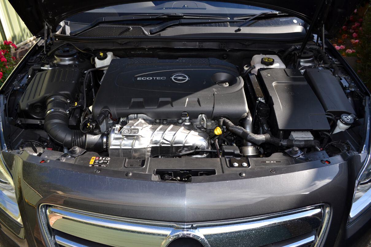 2013 Opel Insignia Sports Tourer Engine Bay 20 Forcegt Com